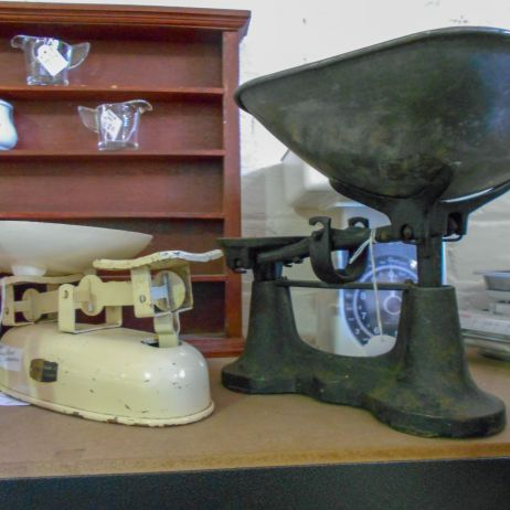 Old kitchen scales