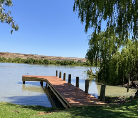 """""""L"""" Shape Jetty at Cowirra"""