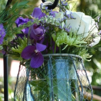 Chicken wire & glass hanging vases