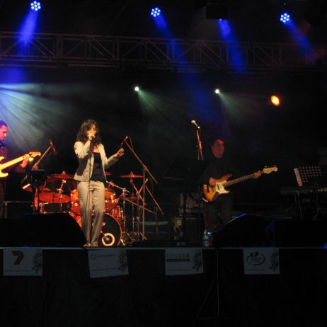DE BELLIS SHOWBAND AND FRANCESCA PANSIRONI