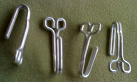 WW2 GERMAN TUNIC HOOKS