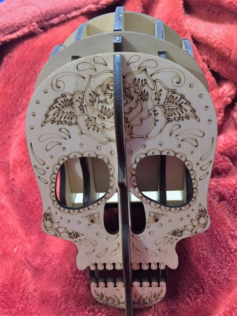 2 x Engraved skull pen/makeup brush holder