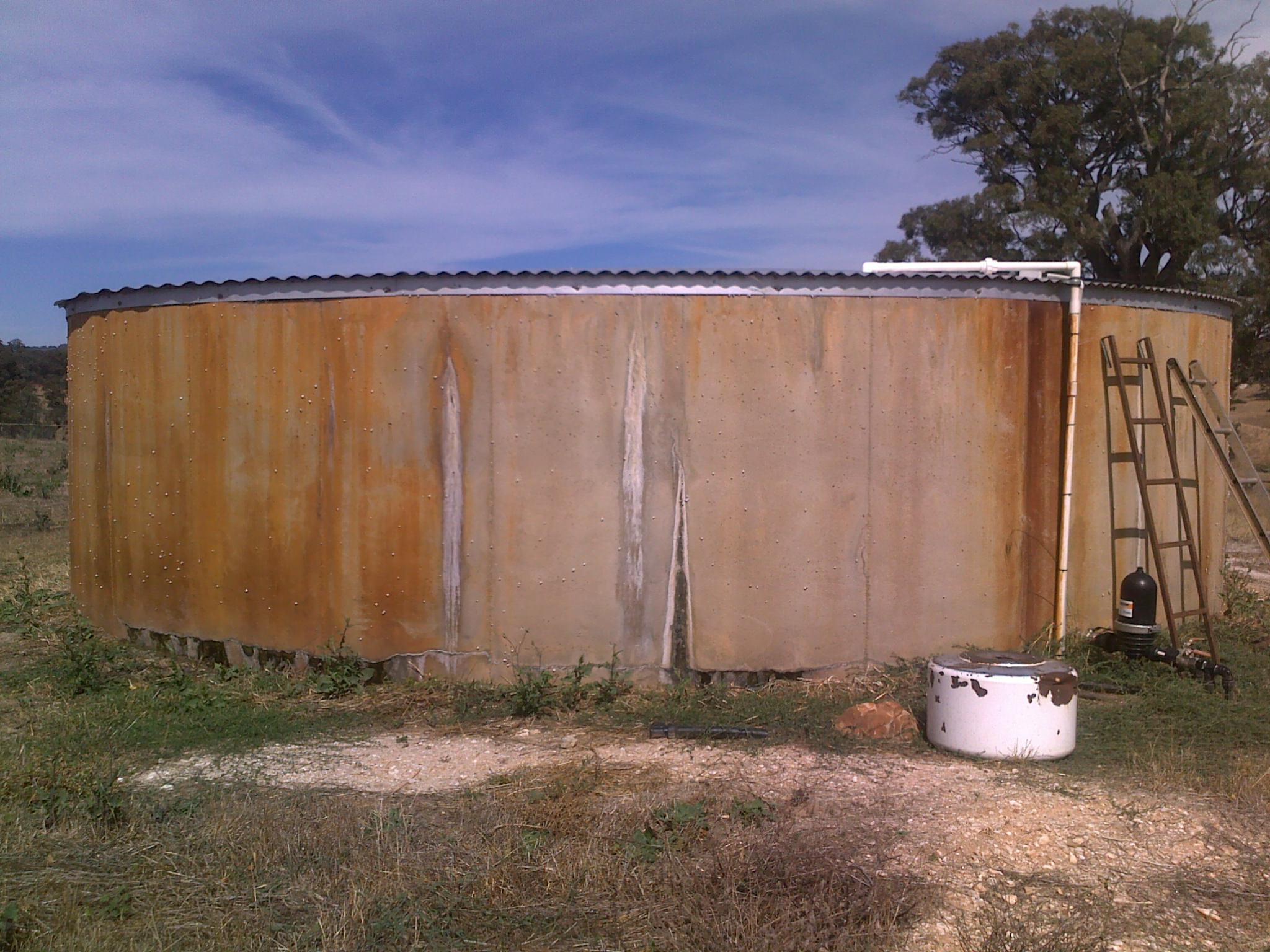 Leaking Concrete Water Tank - Tank Liner Installations