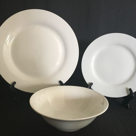 Dinner Plates, Side Plates and Dessert/Soup Bowl