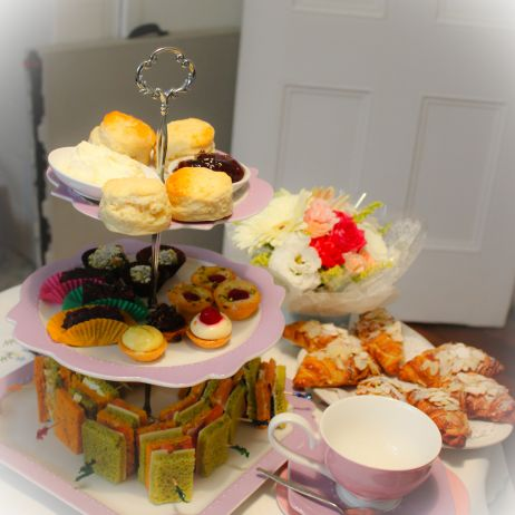 Gorgeous sweet and savoury treats to enjoy at our high tea.