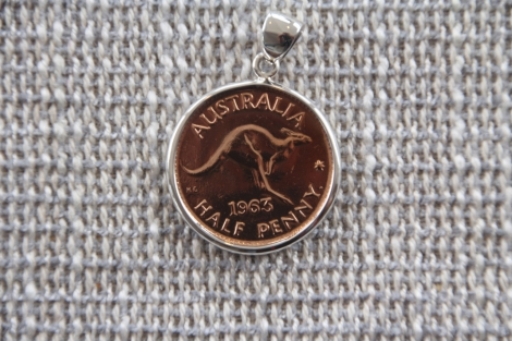 Australian Half Penny encased in sterling silver (pre decimal before 1964)