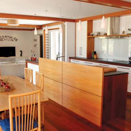 Rothesay Bay Kitchen Side View