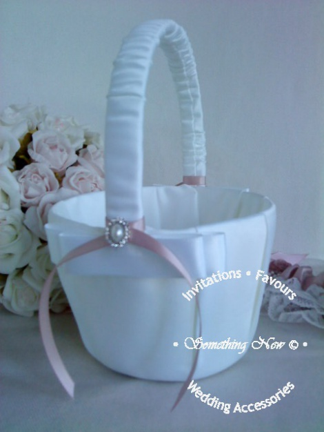 PEARL & CRYSTAL OVAL FLOWER GIRL BASKET
