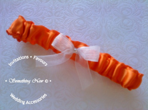 GARTER ORANGE WITH SHEER BOW