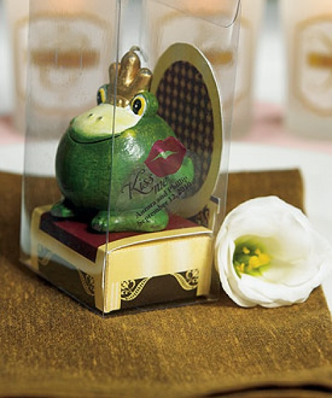 FROG PRINCE NOVELTY CANDLE