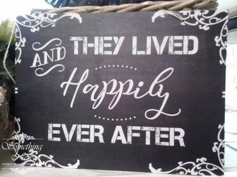 AISLE SIGN - AND THEY LIVED HAPPILY EVER AFTER