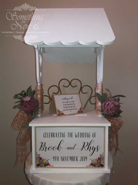 HIRE TABLETOP WISHING WELL
