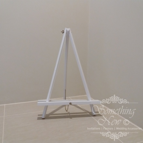 HIRE - TABLE TOP WOODEN EASEL WHITE