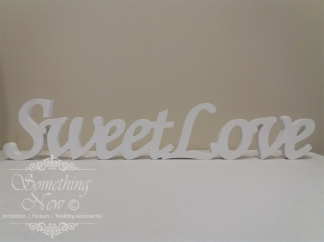 HIRE WOODEN SIGN - SWEET LOVE 12CM
