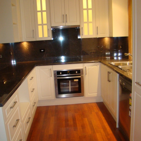 DOWNLIGHTS INSIDE THE CABINETS AND BELOW THE CABINETS LOOK BRILLIANT