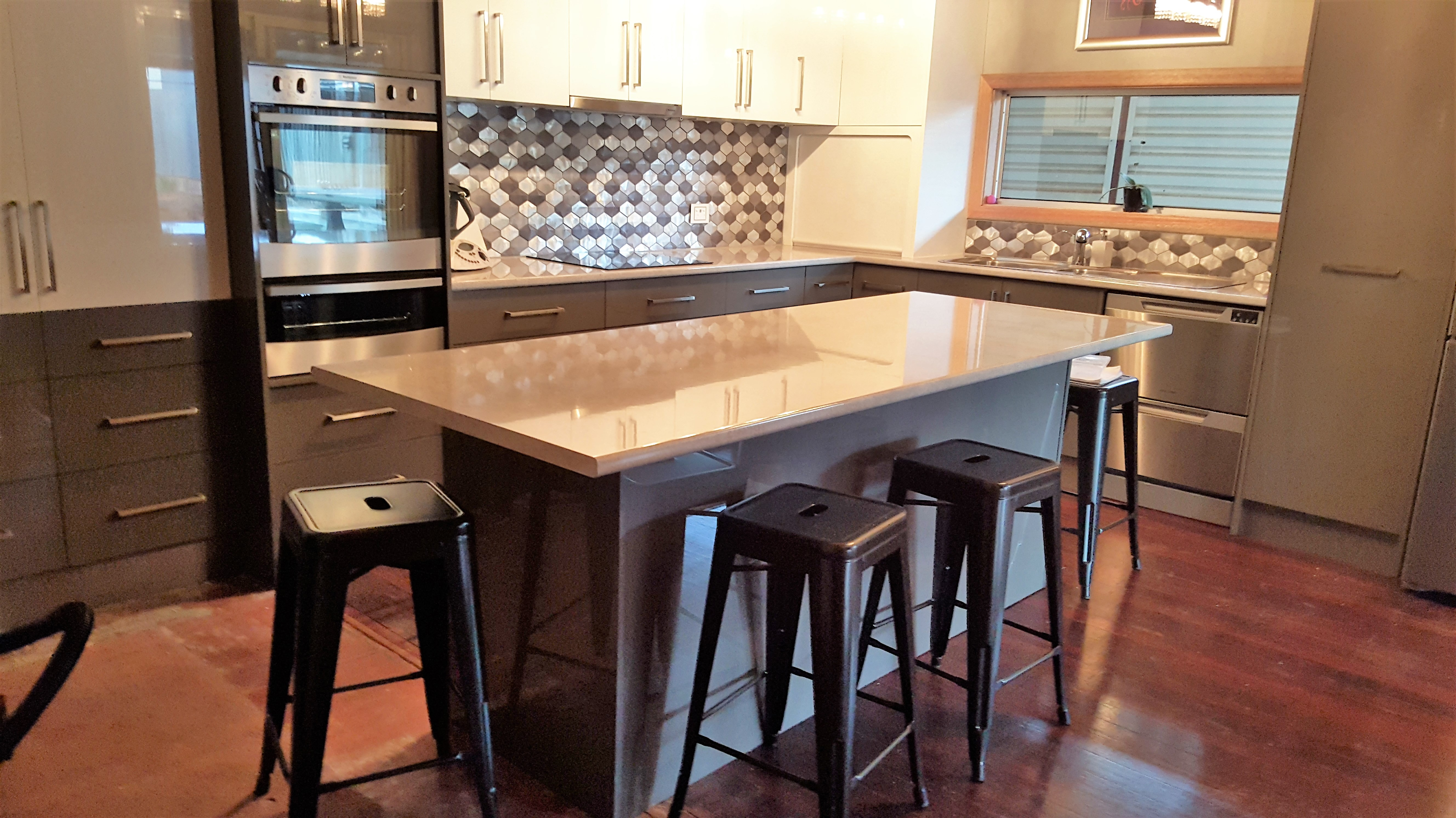 Picture of: Island Bench Extended At The End For Additional Seating Kitchens By Design Whyalla