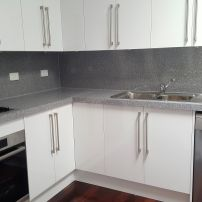 BENCH TOP IS 50 MM THICK GIVING A LITTLE CHUNKIER LOOK. THE COLOUR CHOICE LOOKS VERY CLEAN & MODERN