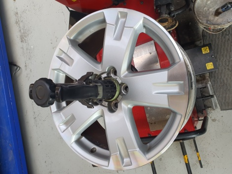 TOYOTA WHEEL CNC DIAMOND MACHINE CUT RESTORATION