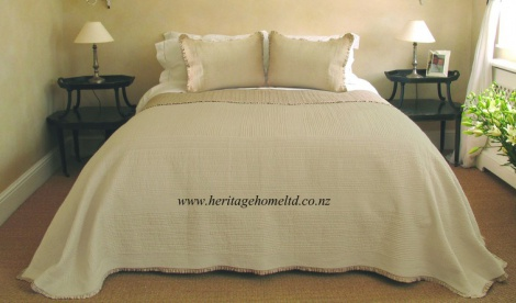 Ivory Cotton Quilt set