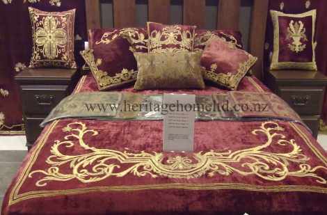 Beautiful  Florence Bedding set