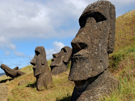 JOURNEYS TO EASTER ISLAND