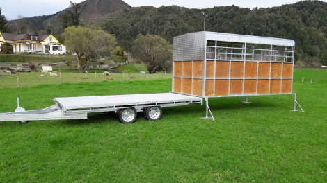 Tandem Flat Deck 4m x 2m with Cattle Crate