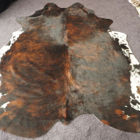 EXD/68: Rich Colourings and Beautiful Speckled White Sides - A Gorgeous Hand Selected Cowhide Rug