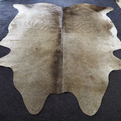 ASS/33 BEAUTIFUL PEWTER TONES THAT REFLECT THE LIGHT - A BIG & BEAUTIFUL  COWHIDE RUG