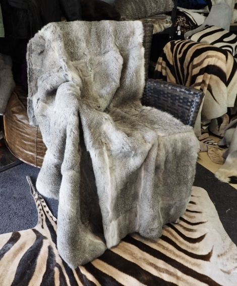 Stunning Fullskin Grey Rabbit Fur Throw -