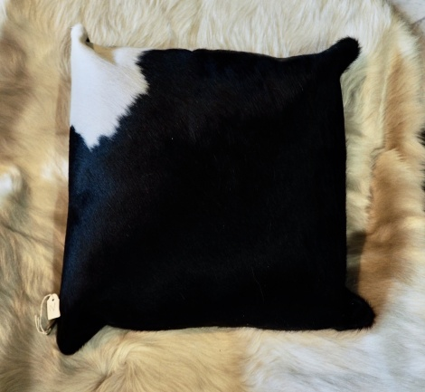 BW40/2 : Basically Black with a touch of White - A Beautiful 40cm Cowhide Cushion