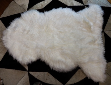 Natural White Australian Sheepskin Rug - Quality Warmth and Comfort