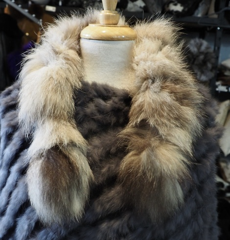 A Gorgeous Natural Tanuki Neck Scarf - For that little bit of Natural Style