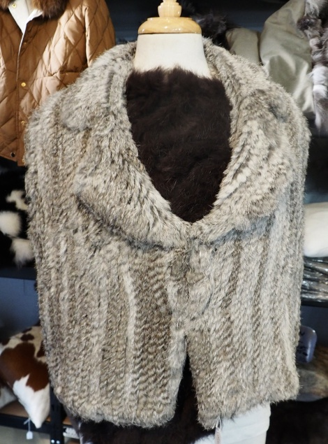 A Beautiful Knitted Grey Vest - Size 14 to 16