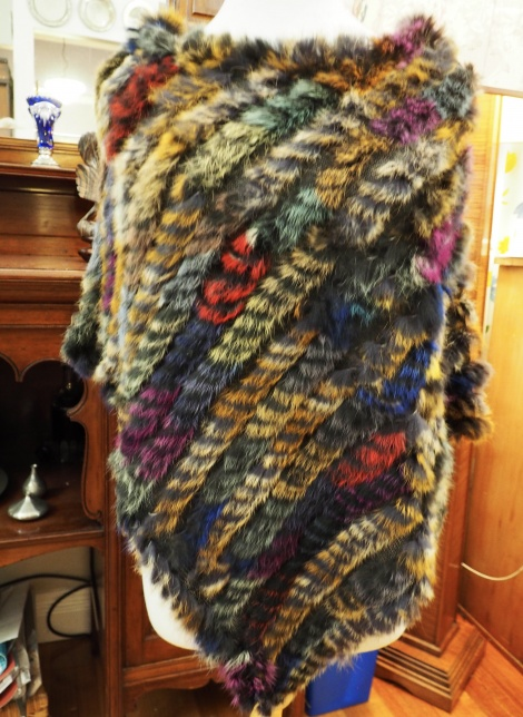 P/20: - A STAINED GLASS EFFECT - A GORGEOUS PONCHO