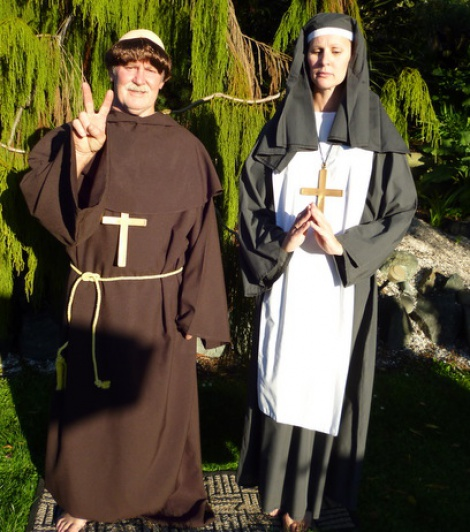 Movies - Friar Tuck and Maria Sound of Music