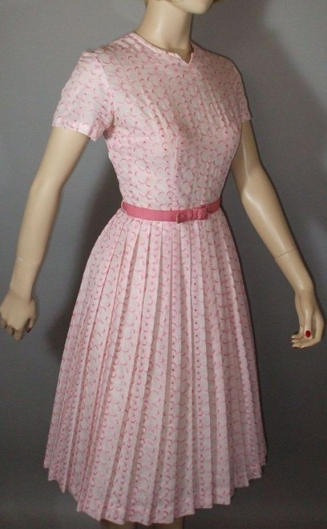 Vintage 50s belted pleat dress