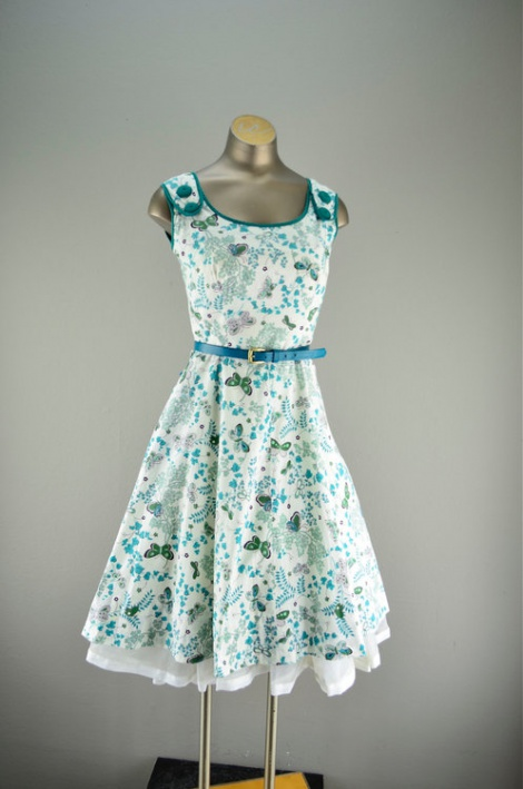 Vintage 50s button shoulder dress