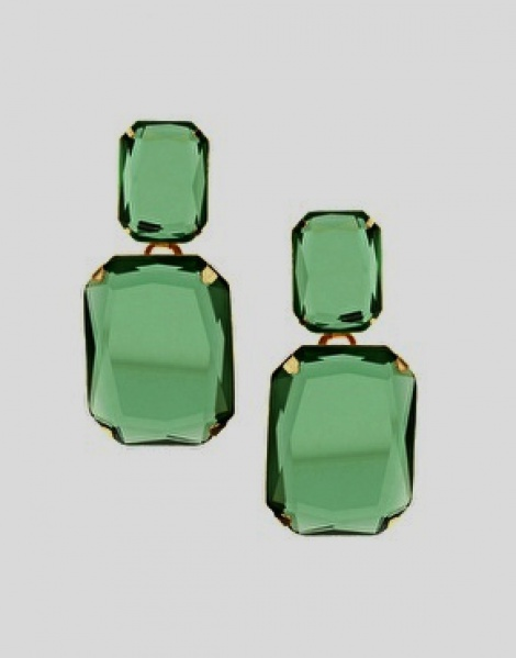 Vintage emerald rhinestone earrings
