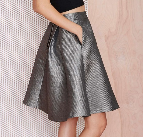 Metallic pocket skirt
