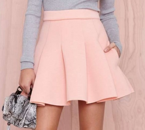 Sporty chic pocket skirt