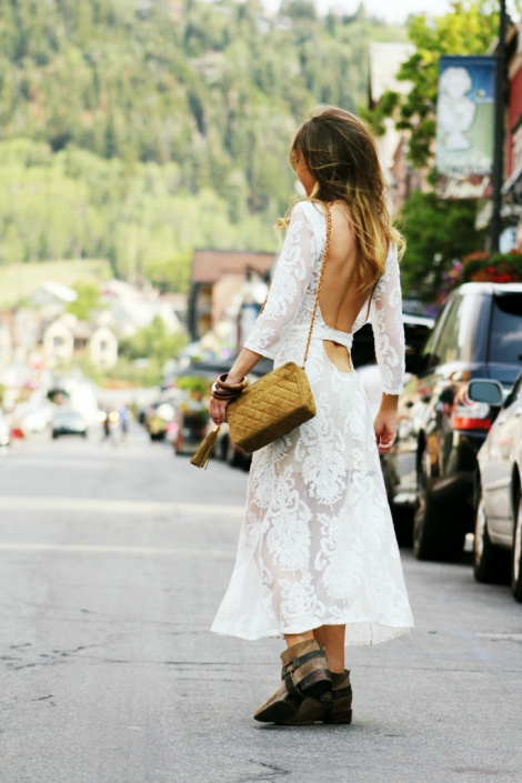 Backless lace LWD