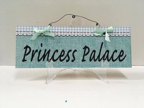 Lady Cave Sign - Green