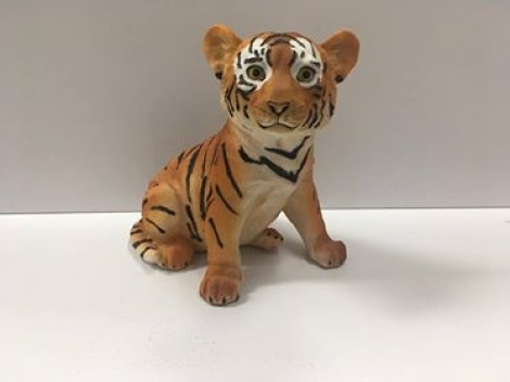 Tiger Sitting - Orange