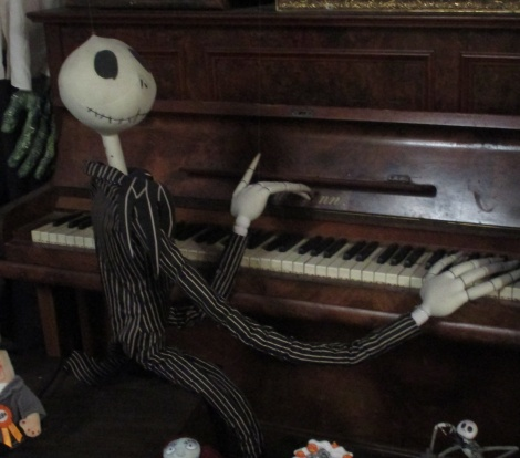 Spooky, Jack the pumpkin king playing the piano