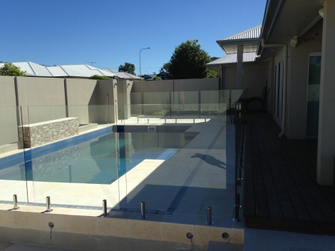 12mm Thick Toughened and Certified Frameless Glass