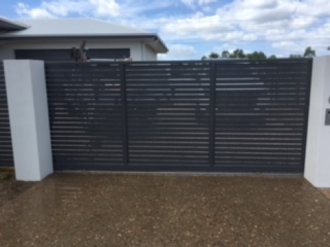 Horizontal Power coated Aluminium Sliding Gate in Basalt