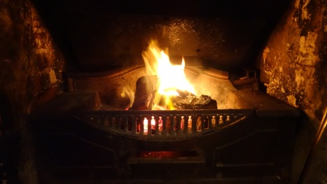 Winter fireside @ The Globe Inn Yass accommodation