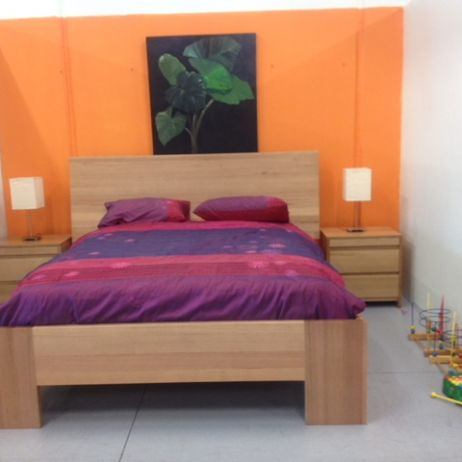 B04 KING SIZE BED