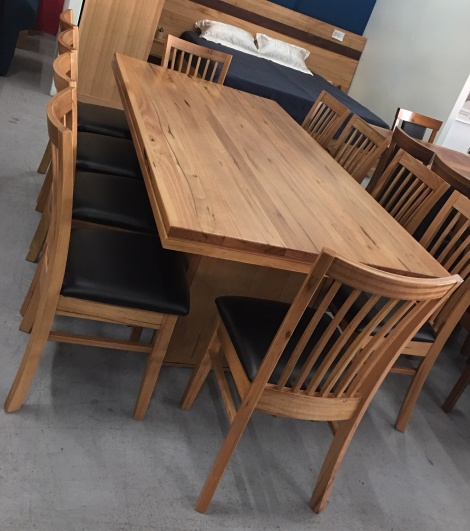 T13 CHESTNUT DINING TABLE
