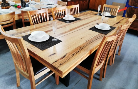 T19 CHESTNUT  DINING TABLE